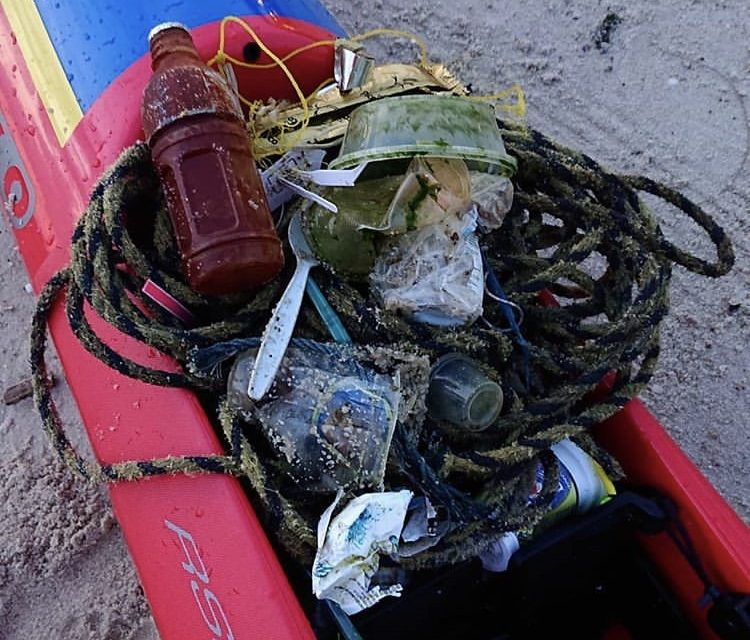 THE TRASH PADDLER MAKING WAVES FOR A VITAL CAUSE